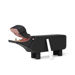 Drewniany hipopotam, malowany na czarno