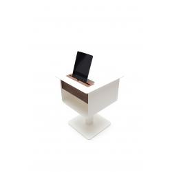 Stolik na tablet NOMAD nocny w kolorze białym, drewno orzech