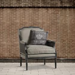 Fotel z ratanowymi podłokietnikami DB002975