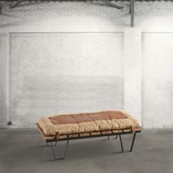 Ławka drewniana z poduchą DB003589