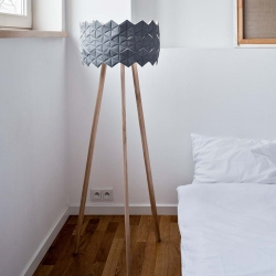 Lampa podłogowa Kukka03