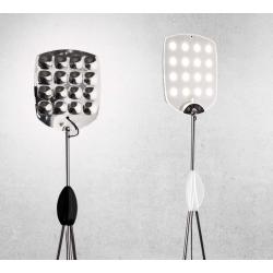 Tripod LED